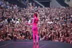 Image 7: Cheryl Cole on Stage