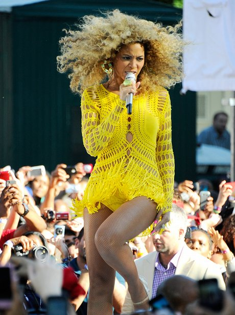 """Beyonce Performs On ABC's """"Good Morning America"""""""