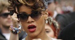 Rihanna filming new video