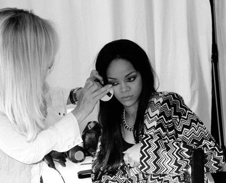 Rihanna gets her make-up done