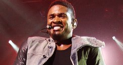 Usher performs live at the itunes festival