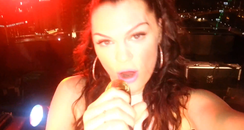 Jessie J Films Herself On Phone