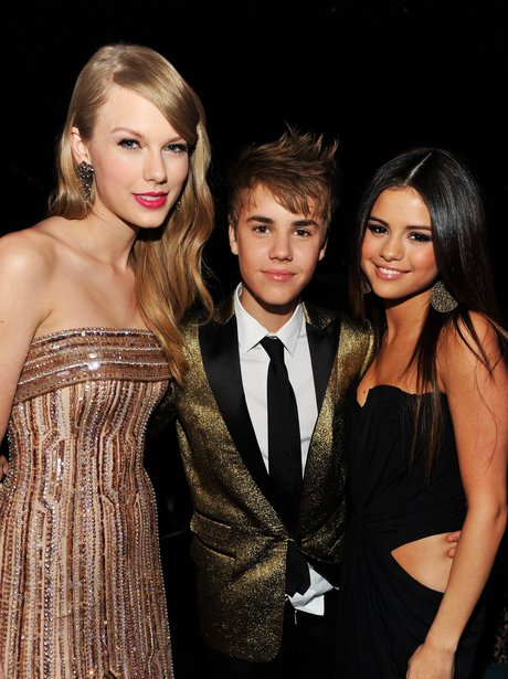 9) But she's never too far away if Selena needs her - POP BFFs! 28 Reasons We LOVE... - Capital