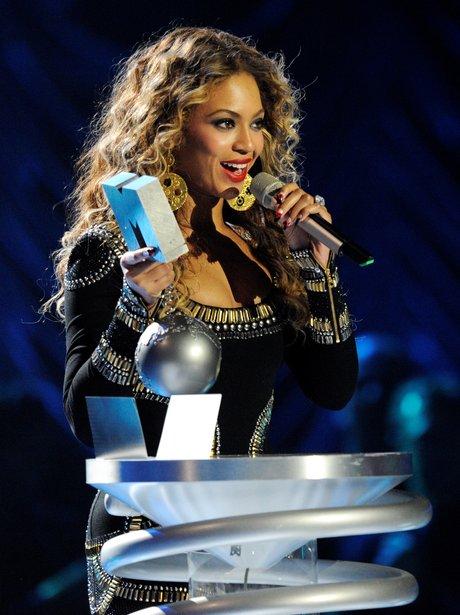 Beyonce MTV EMA's