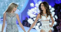 Taylor Swift Victoria's Secret Fashion Show 2013