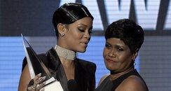 Rihanna and Mum American Music Awards 2013 Red Car
