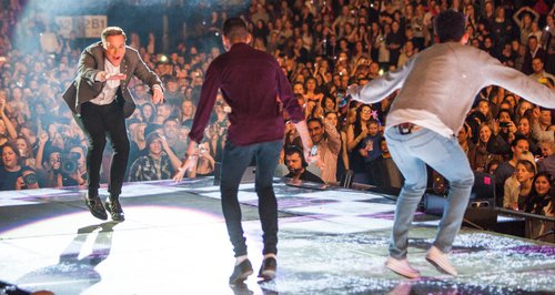 Olly Murs with Rizzle Kicks live Jingle Bell Ball
