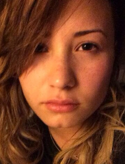 Demi Lovato No Make-Up