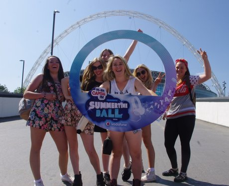 Summertime Ball 2014: The Fans