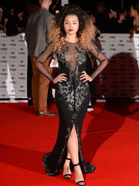 Ella Eyre Chose A Daring Sheer Gown For Her Walk In To The