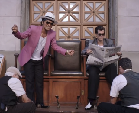 1 Mark Ronson Feat Bruno Mars 39 Uptown Funk 39 This