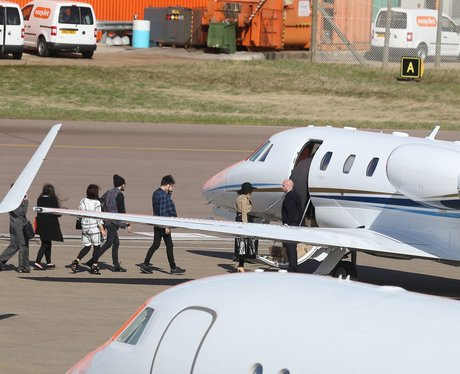 Perrie And Zayn Are Spotted Jetting Off Together In A Private Plane  Going