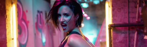Demi Lovato 'Cool For The Summer' Music Video