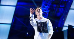 Justin Bieber performs What Do You Mean? live in C