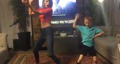 Taylor Swift Dancing With Fan