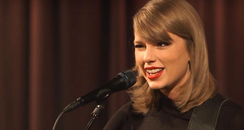 Taylor Swift Wink Singing 'Blank Space'