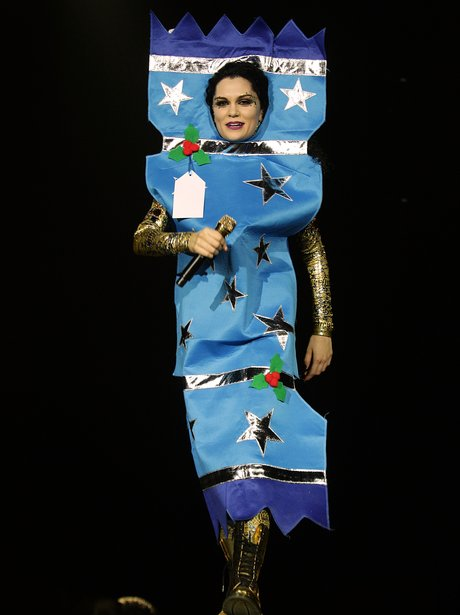 Jessie J Christmas Cracker Jingle Bell Ball 2011