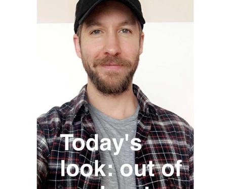 Calvin Harris pokes fun at his choice of outfit